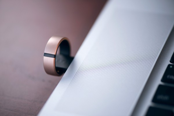 Smart ring maker Motiv acquired by 'digital identity' company thumbnail