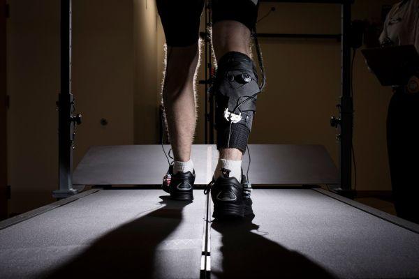 Technology Robotic exosuits show 'immediate improvements' to walking speeds of stroke survivors thumbnail
