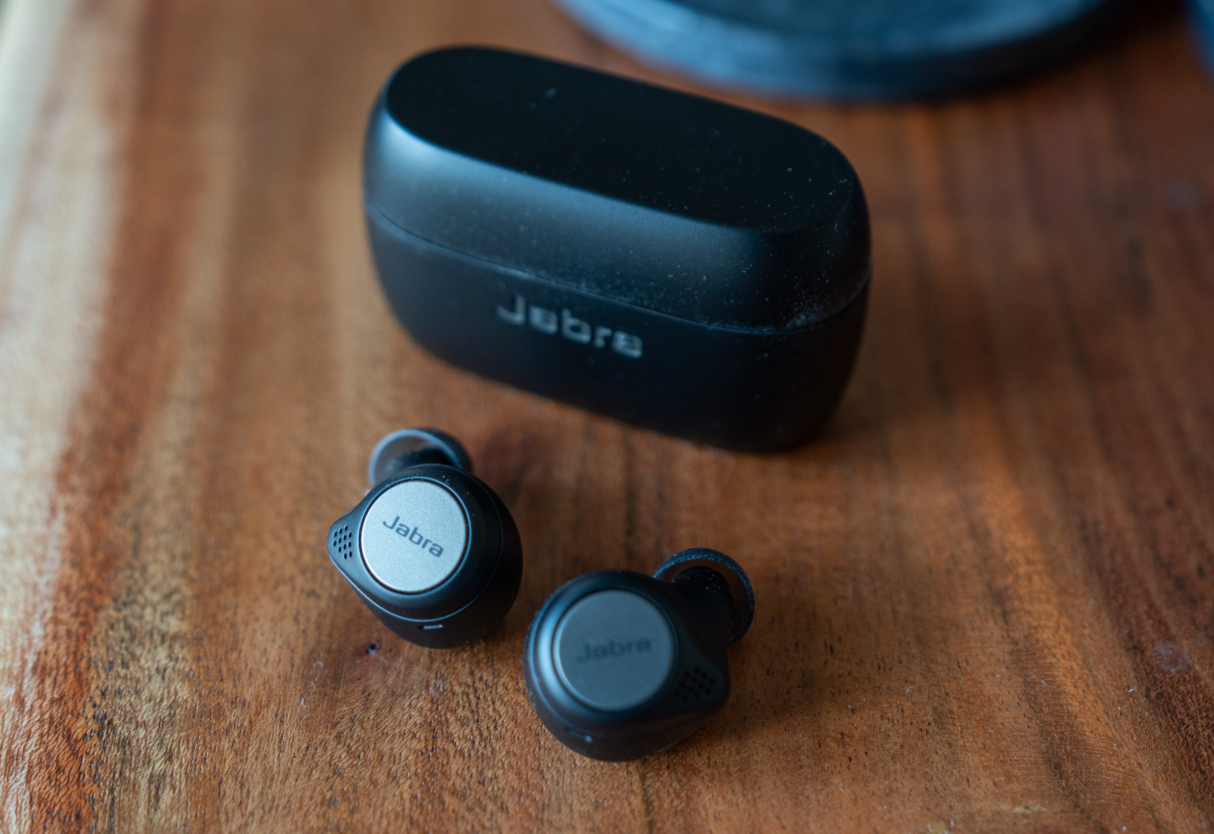 Jabra S Elite Active 75t Earbuds Offer Great Value And Sound For Both Workouts And Workdays Techcrunch