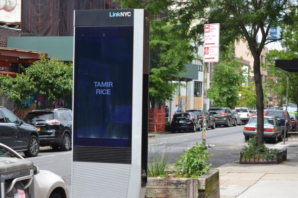 New York City's Wi-Fi kiosks memorialize the dead, amid citywide protests