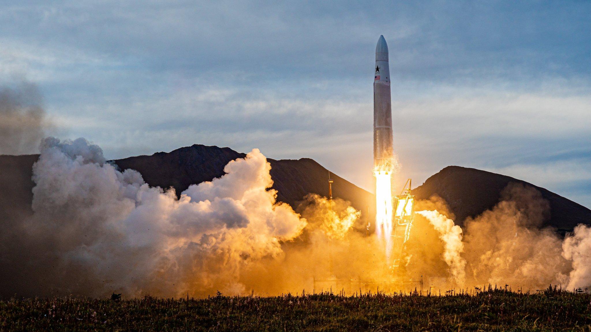 Max Q: Steve Wozniak and Alex Fielding want to map space junk