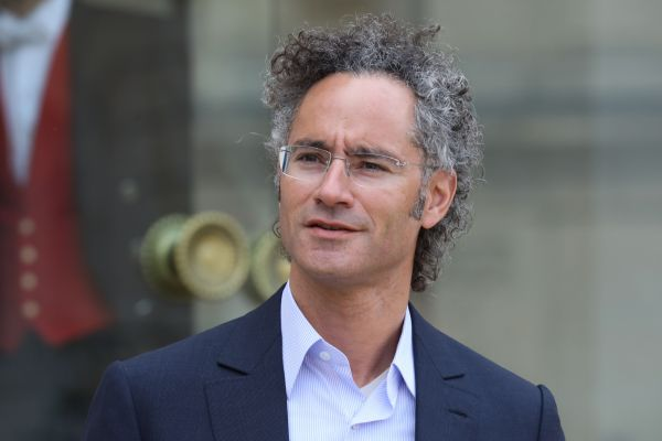 In its 5th filing with the SEC, Palantir finally admits it is not a democracy thumbnail