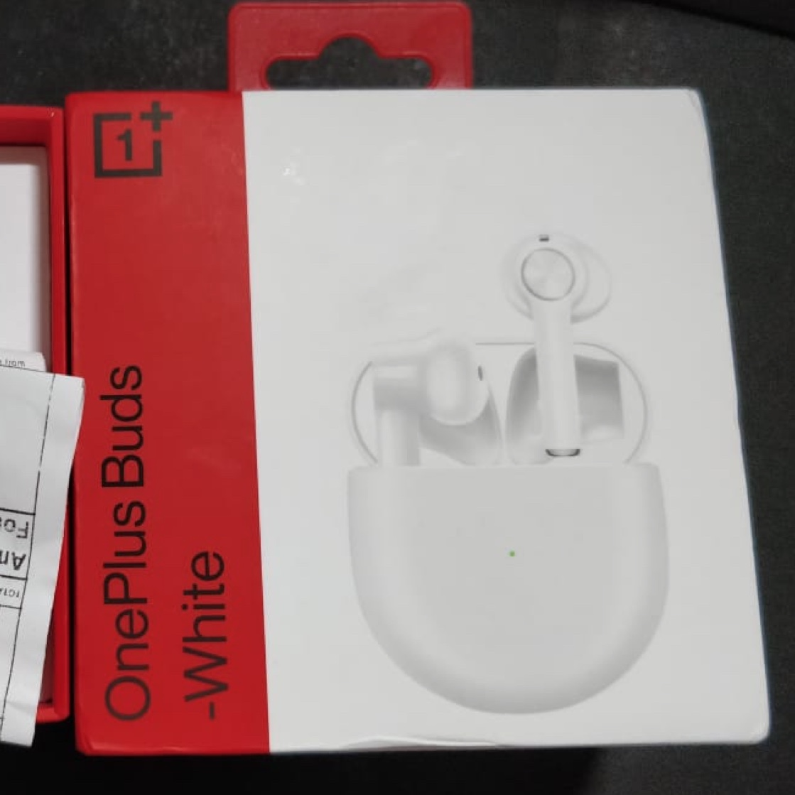 Picture of a box of OnePlus Buds that CBP adopted for Apple AirPods.
