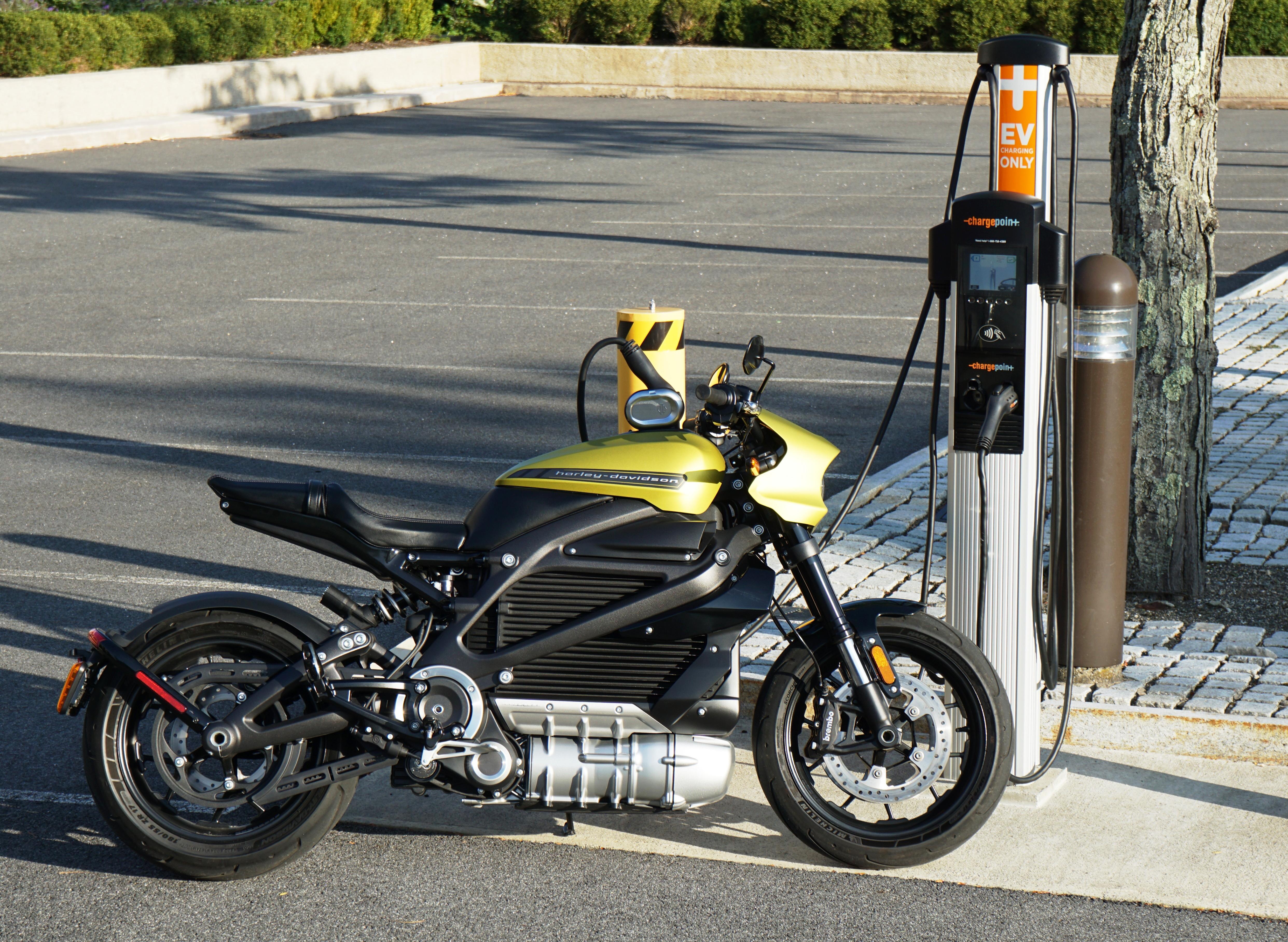 Harley Davidson LiveWire Charging