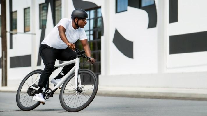 Gogoro's Eeyo 1s e-bike goes on sale in France, its first European market