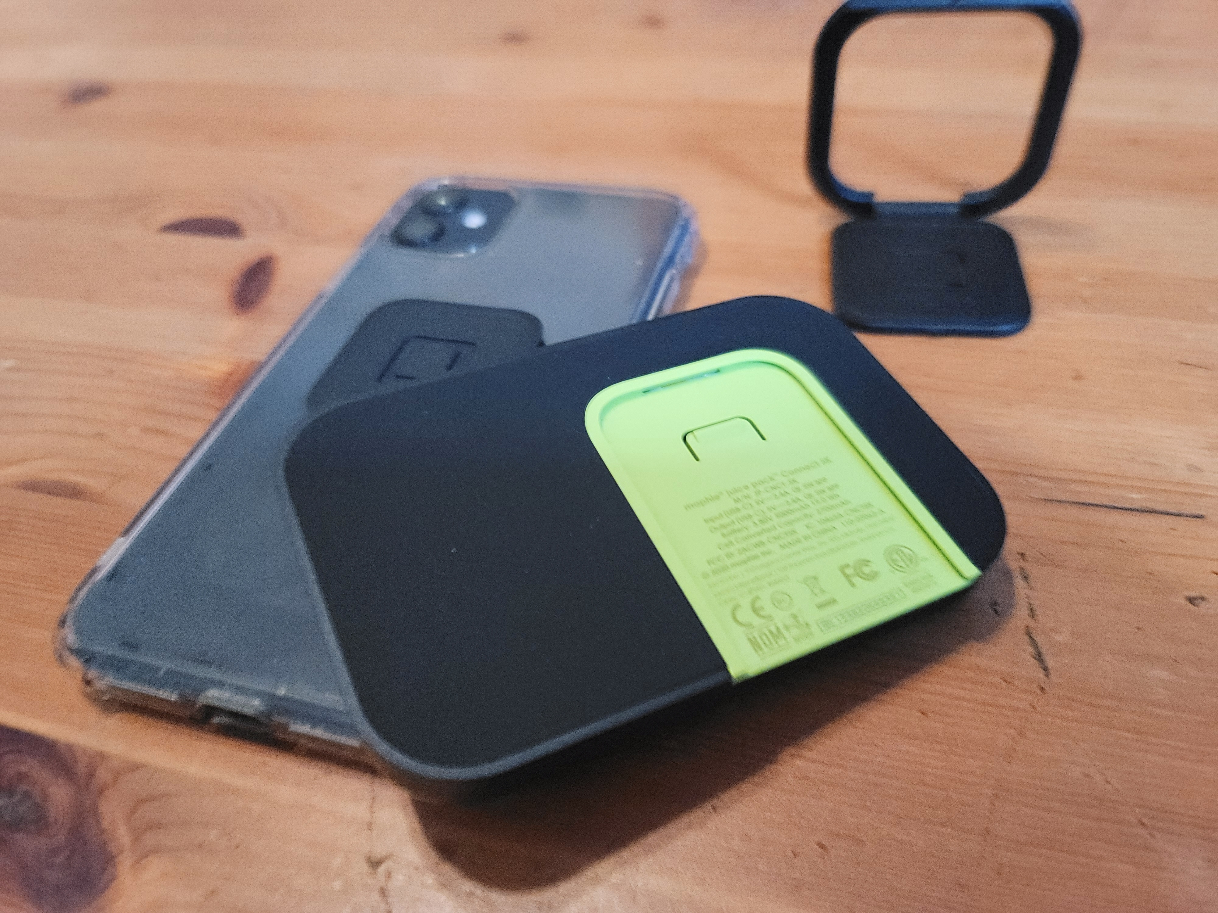 Hands On With Mophie S New Modular Smartphone Battery Case Techcrunch Double your iphone's battery life with this battery sled. modular smartphone battery case