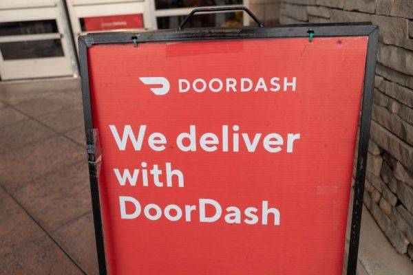 DoorDash launches alcohol delivery in U.S., Canada and Australia  TechCrunch