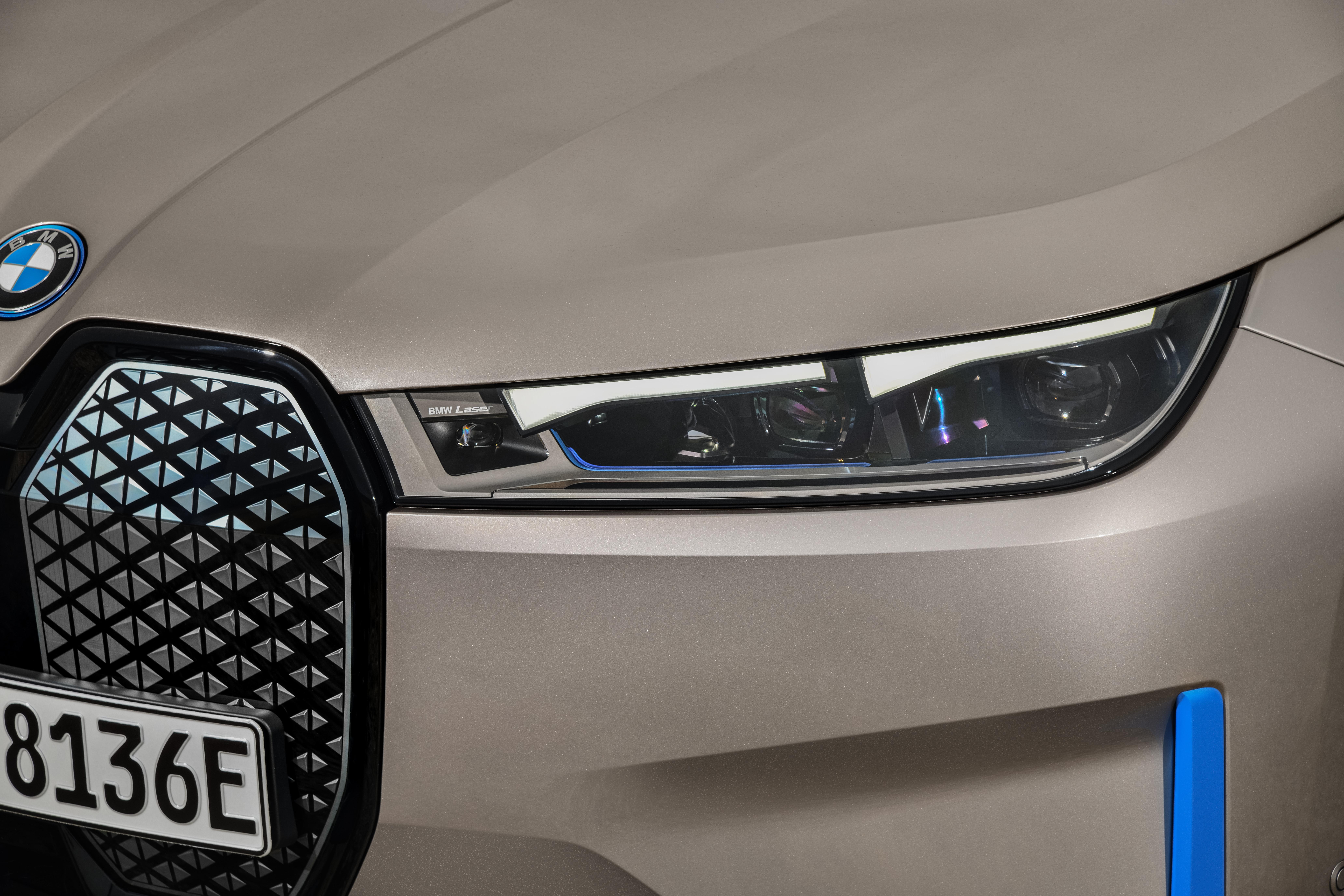 BMW announces the iX, its next-gen electric flagship