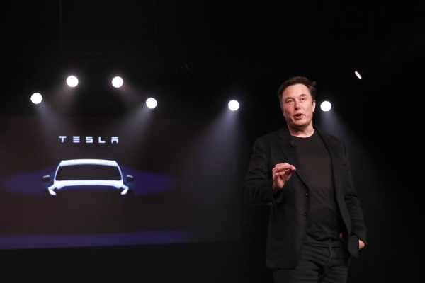 Tesla refutes Elon Musk's timeline on 'full self-driving' - TechCrunch