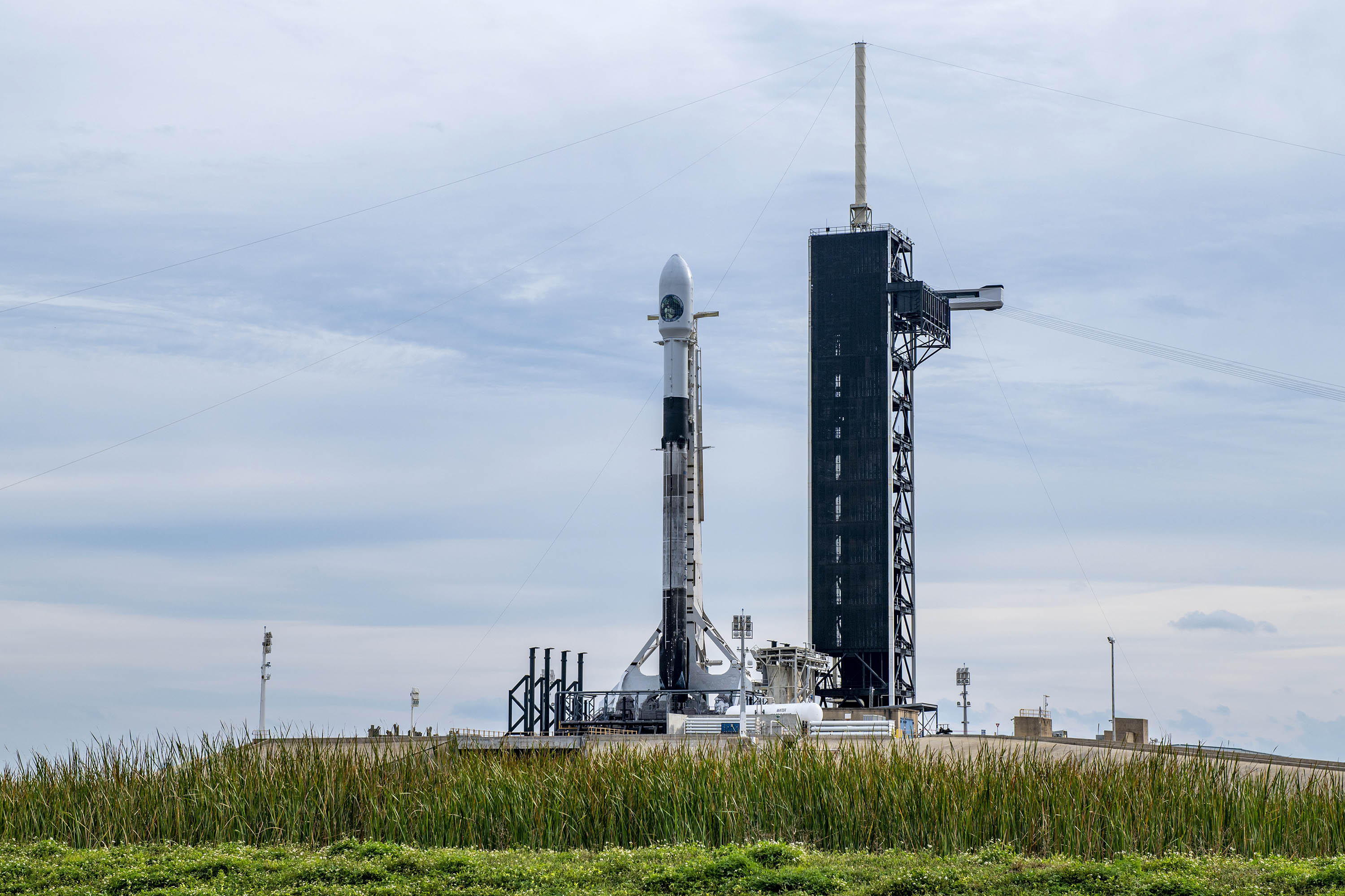 Last SpaceX launch of the year will boost a spy satellite Saturday