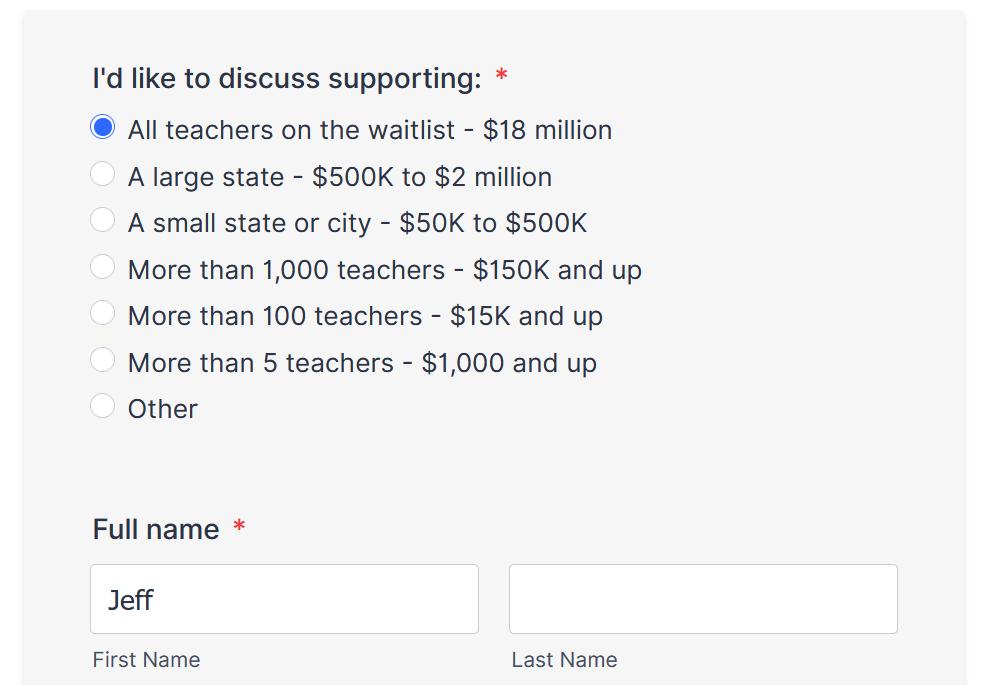 Любой учитель из Сан-Франциско, которому нужен второй монитор, может получить его через «Два экрана для учителей». 2021