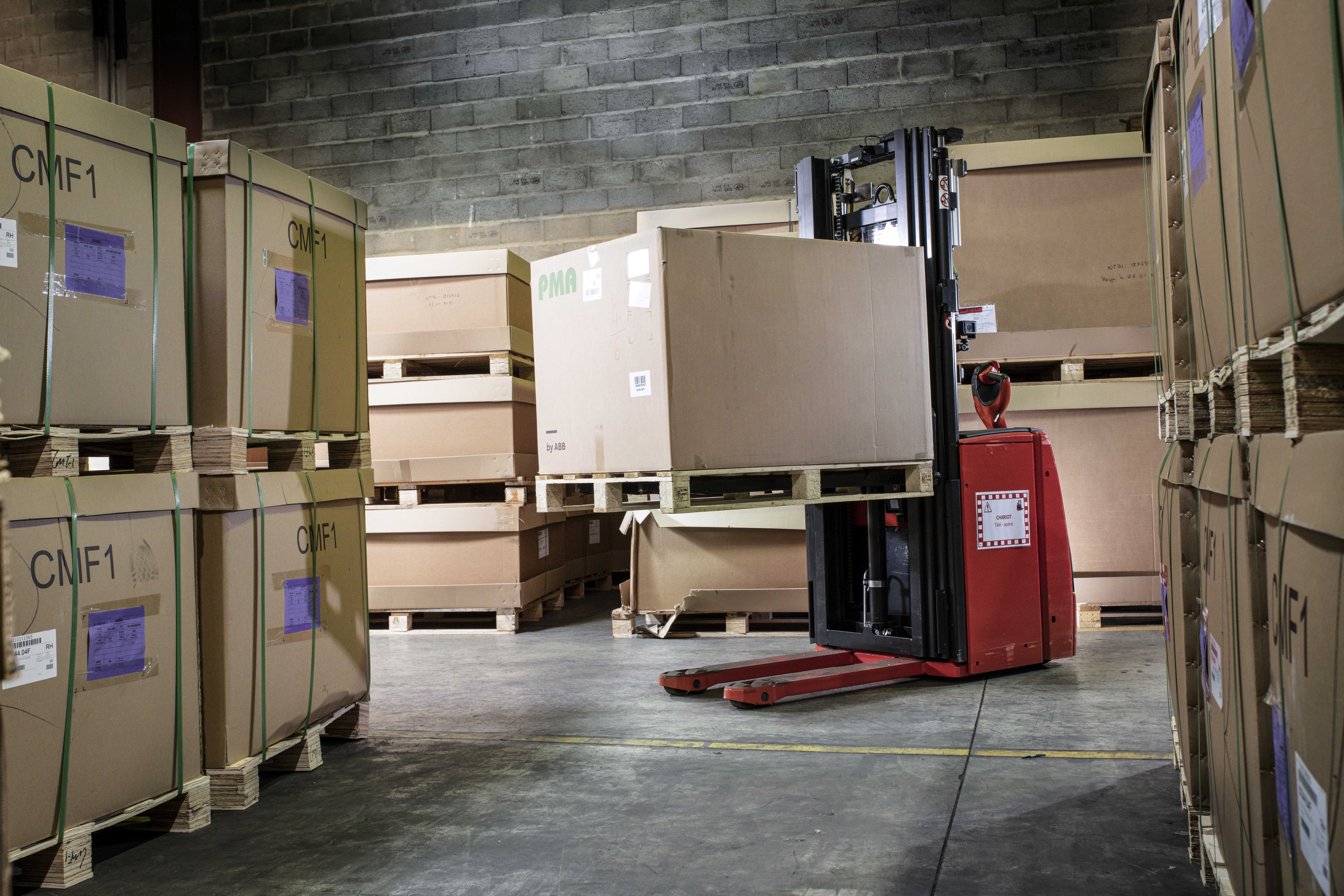 Remote-controlled forklifts have arrived in France, courtesy of Phantom Auto