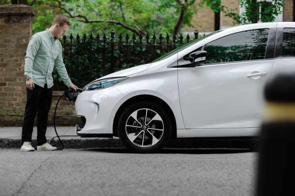 EV subscription service Onto partners with Shell to expand access to charging