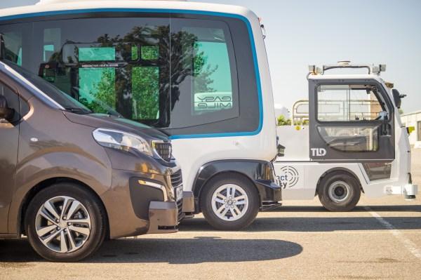 EasyMile собирает 66 миллионов долларов на свои автономные шаттлы для перевозки людей и товаров.