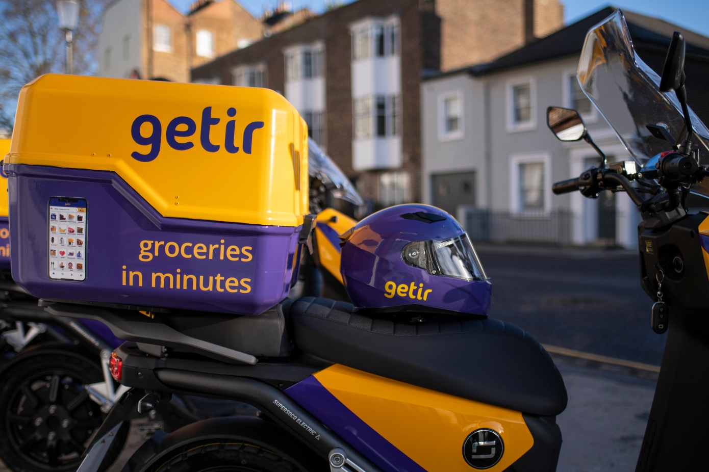 Instant grocery startup Getir makes its first acquisition to expand into Spain and Italy