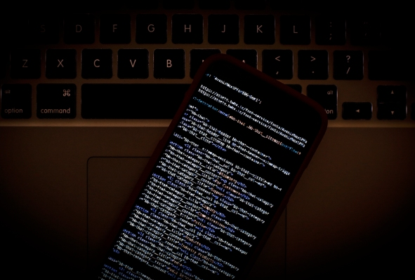 A new NSO zero-click attack evades Apple's iPhone security protections, says Citizen Lab thumbnail