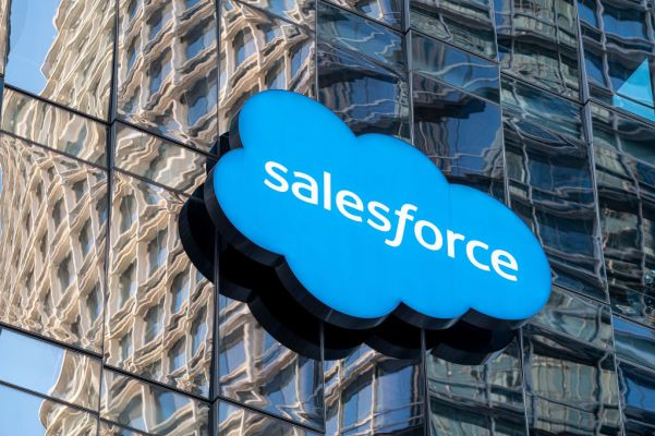 Salesforce steps into RPA buying Servicetrace and teaming it with Mulesoft - techcrunch