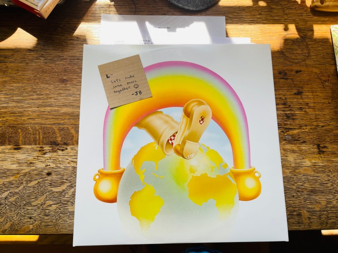 Grateful Dead, Live Europe '72 album cover with offer in it .