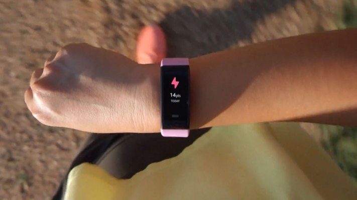 Amazon takes on Fitbit with the $80 Halo View - techcrunch