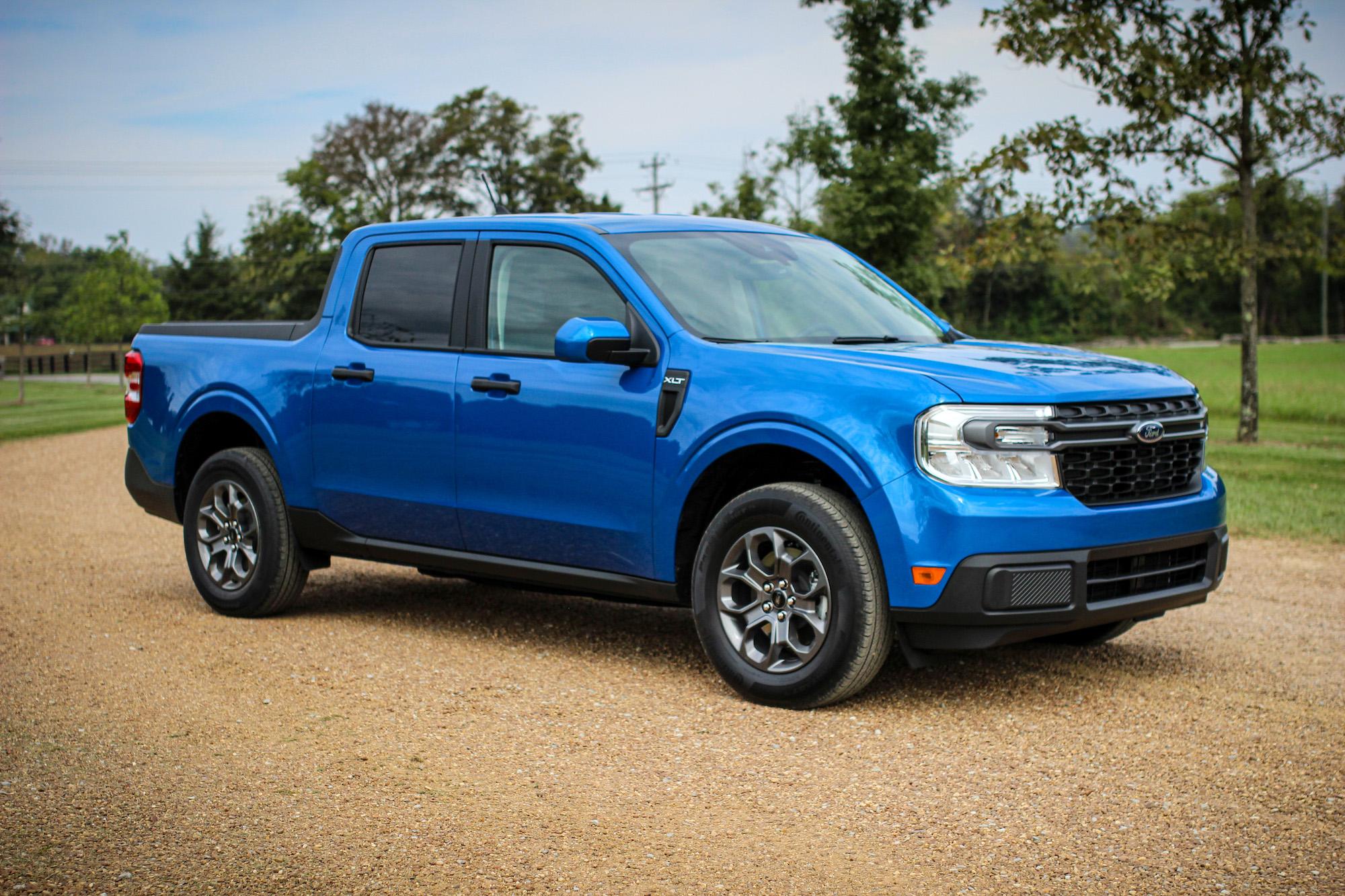 2022 ford maverick blue hybrid truck